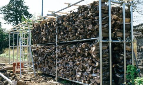 単管パイプで作る頑丈な薪棚